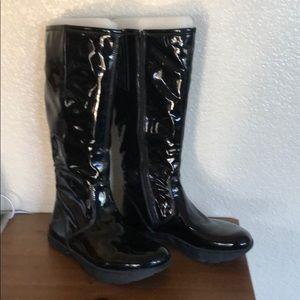 Earth brand waterproof boots